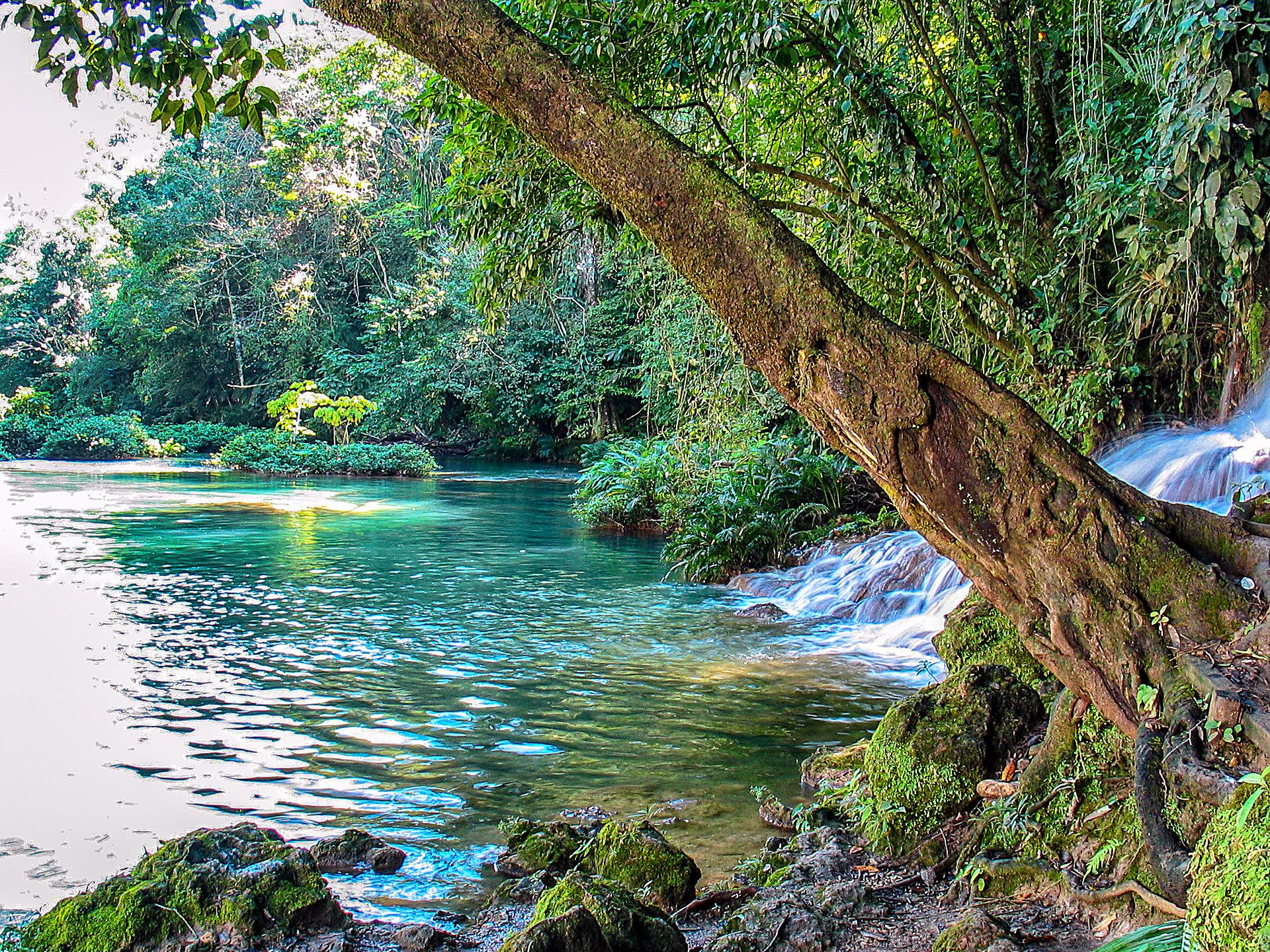 Wasserfälle in Chiapas - Cascada Welib-Ha
