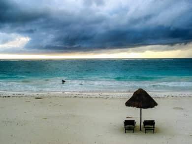 Gewitter an der Karibikküste