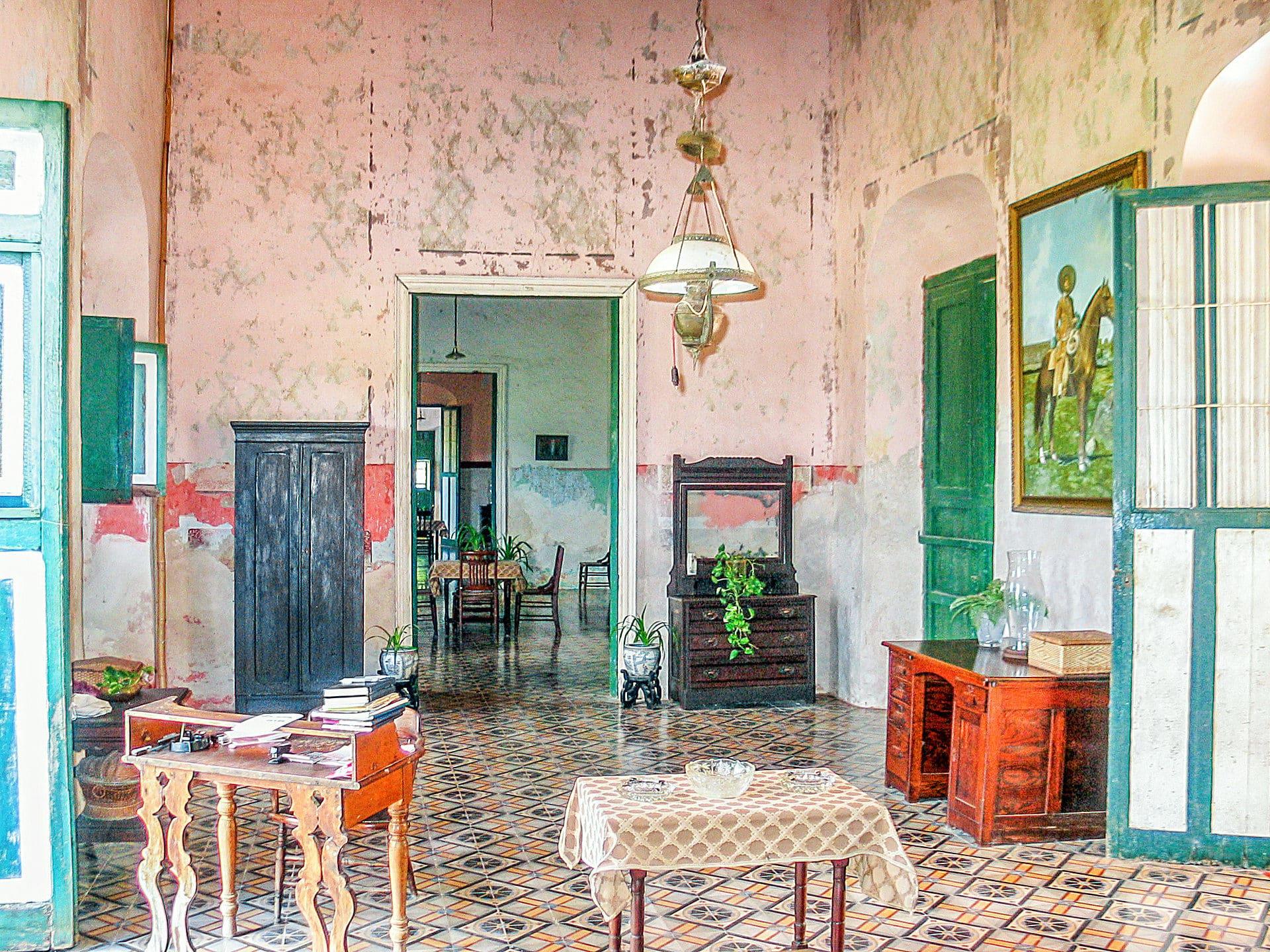 interior de la hacienda yaxcopoil
